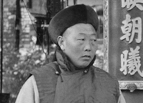 서태후 휘하의 9명 대태감(大太監)의 사진